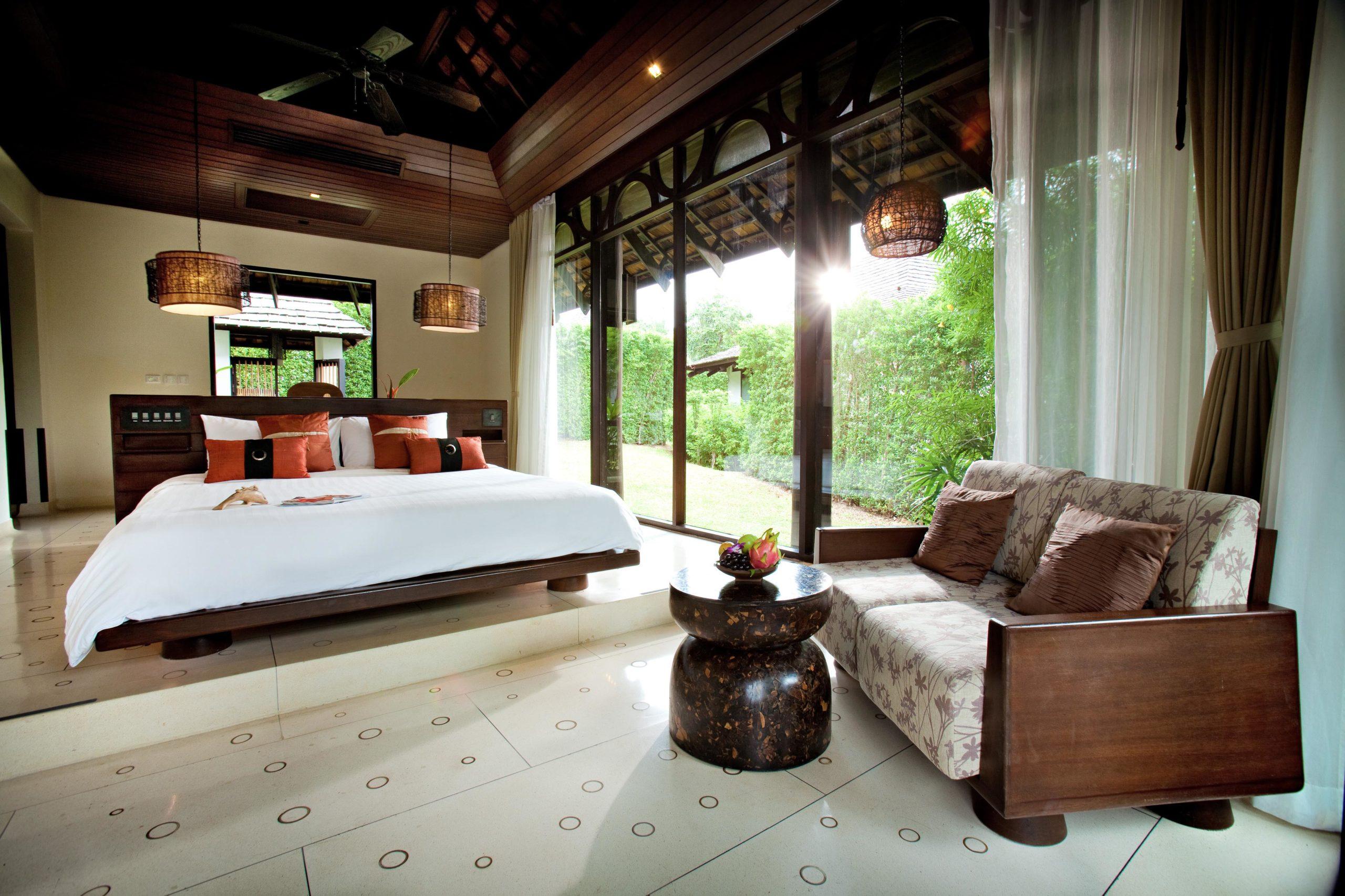 001_Deluxe Villa_Garden_ Bedroom The Vijitt Resort Phuket
