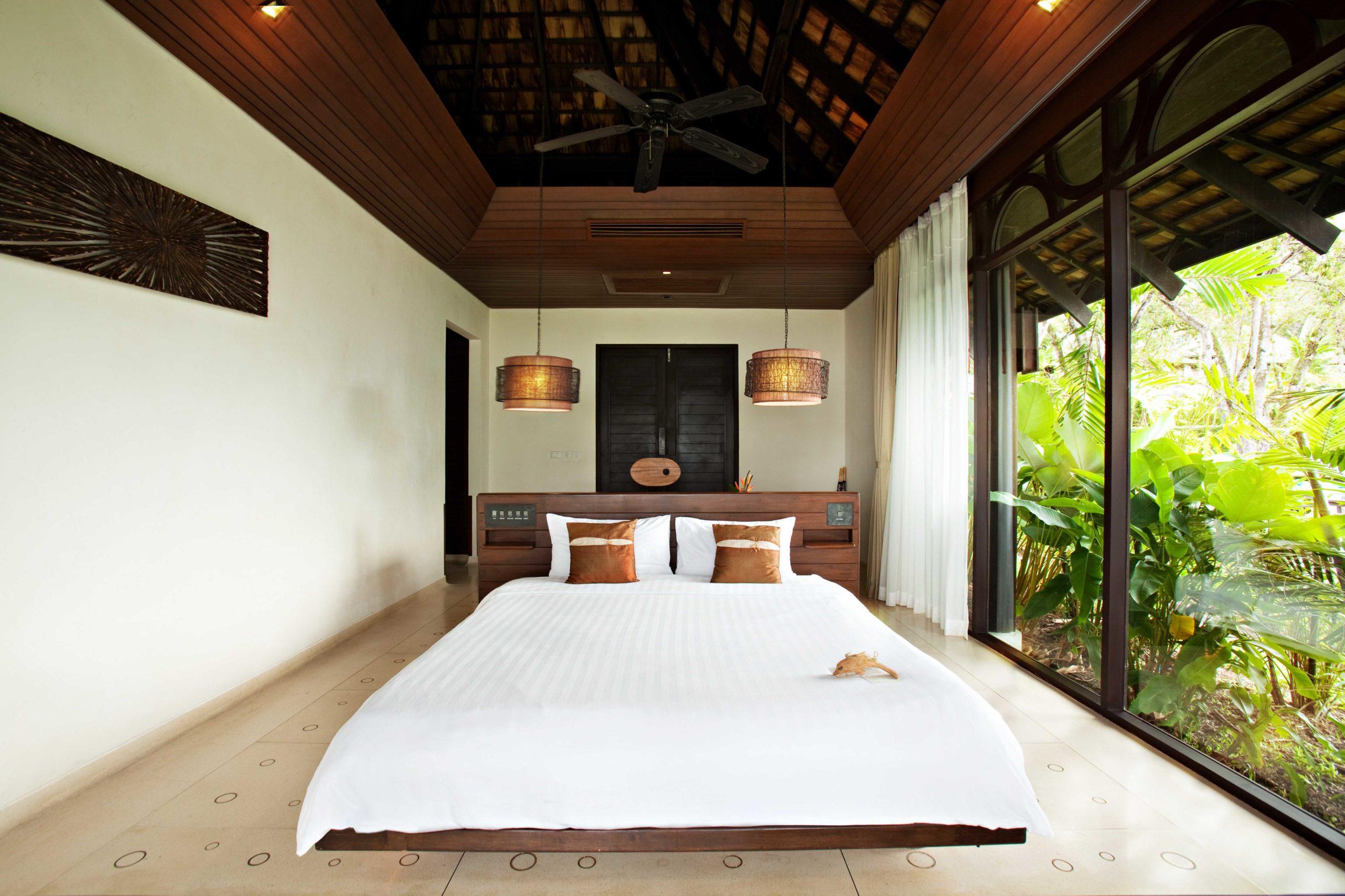 002_Deluxe Villa_Garden_ Bedroom The Vijitt Resort Phuket