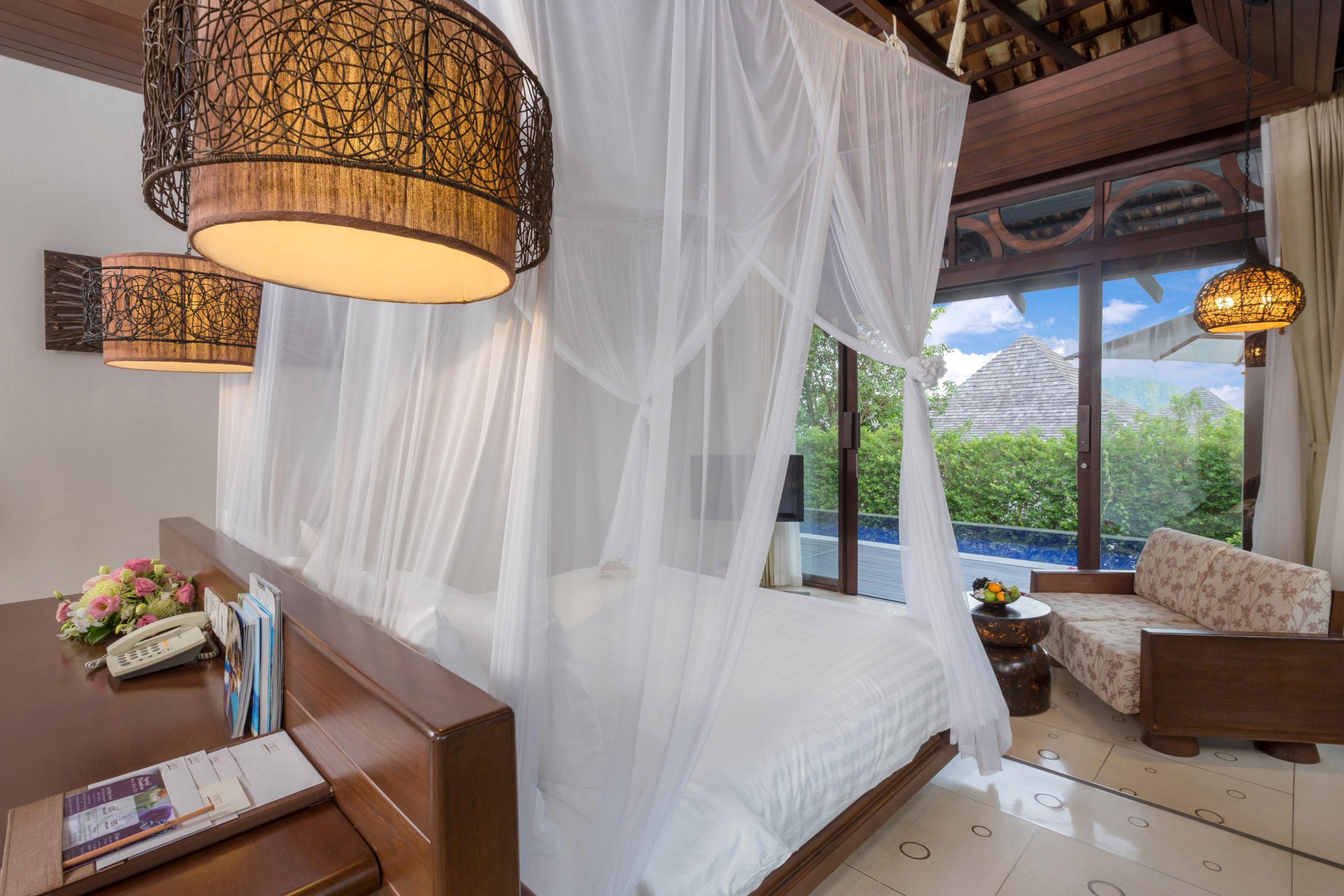 003_Deluxe Pool Villa_Bedroom TheVijitt Resort Phuekt