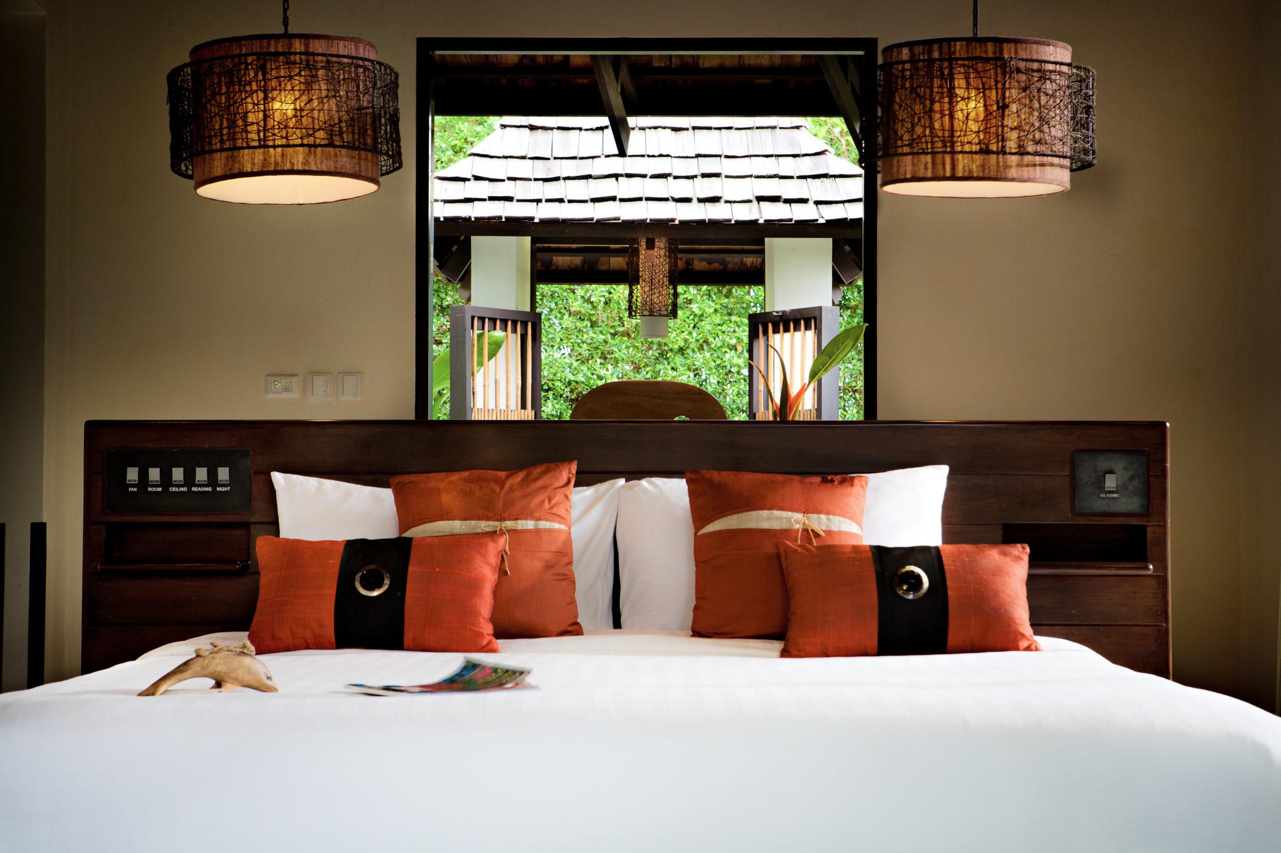 003_Deluxe Villa_Garden_ Bedroom The Vijitt Resort Phuket
