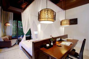 004_Deluxe Pool Villa_Bedroom TheVijitt Resort Phuekt