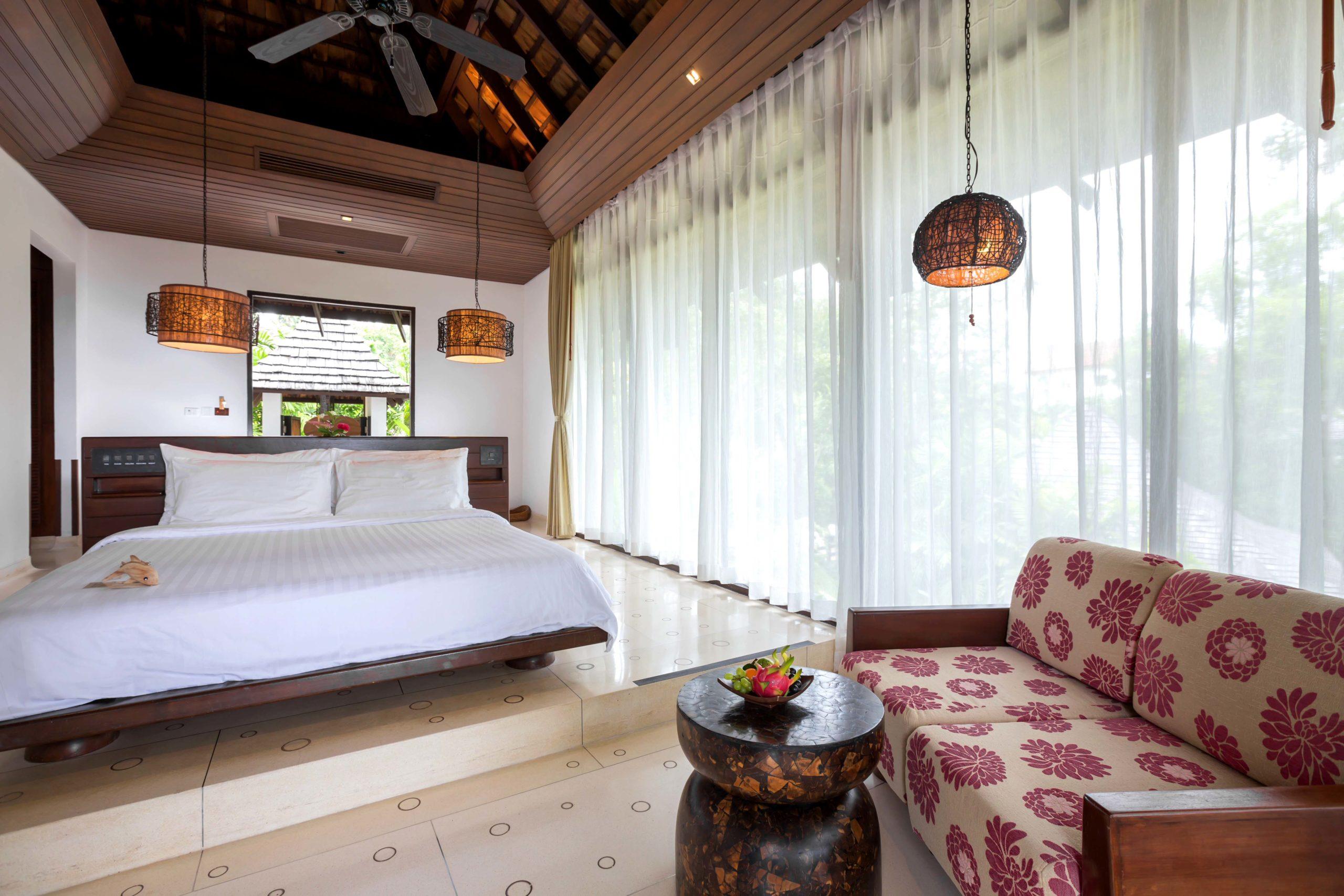 004_Deluxe Villa_Garden_ Bedroom The Vijitt Resort Phuket