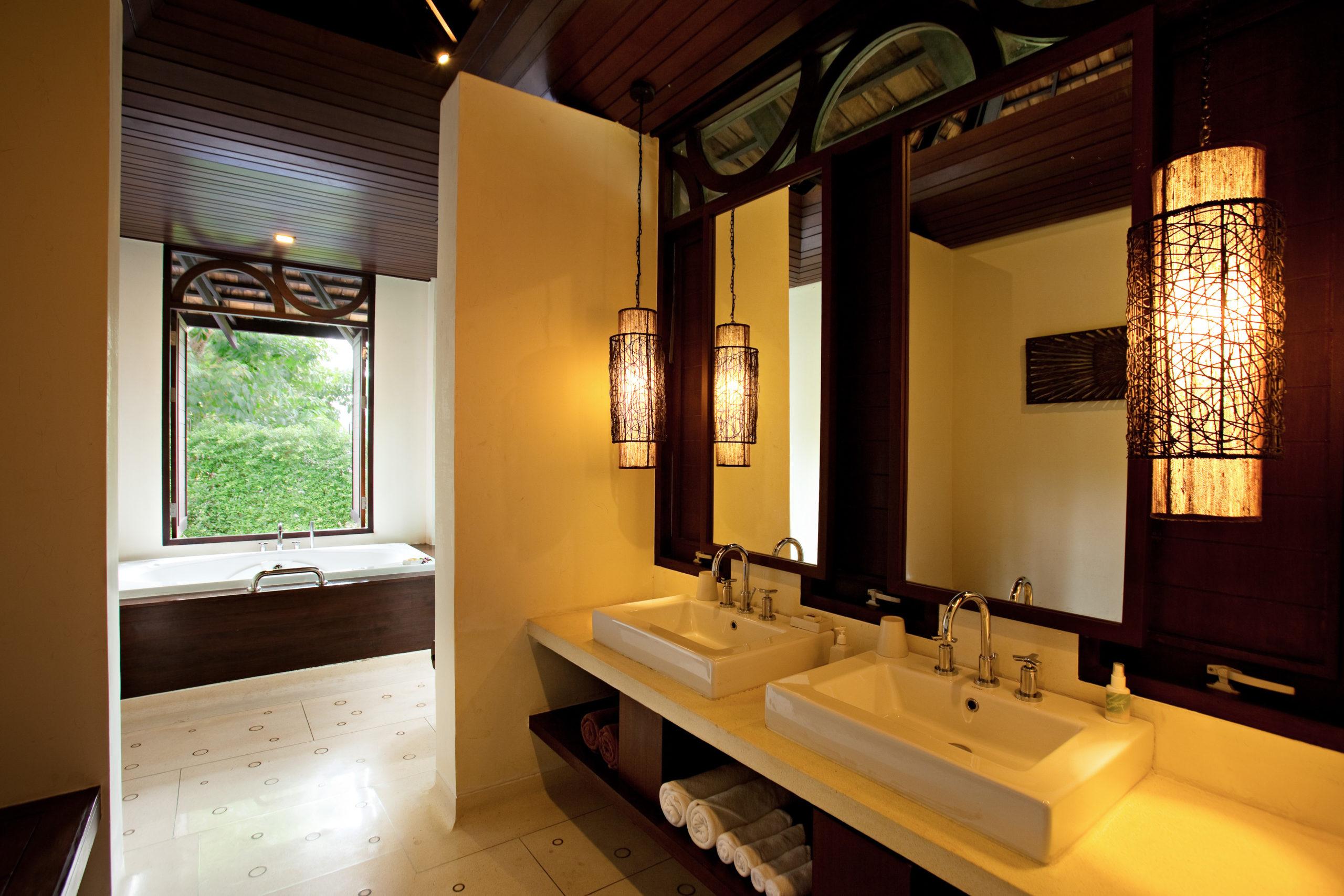 009_Deluxe Villa_Garden_ Bathroom The Vijitt Resort Phuket